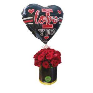 Caja de rosas con globo