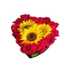 Caja de rosas con Girasoles