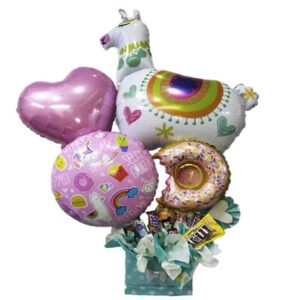 arreglo con globos y chicherias para niñas