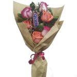 Ramillete de 6 rosas y chocolate