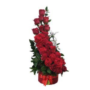 Ramo de rosas rojas media luna